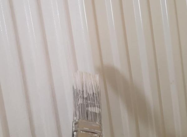 Heizkorper-streichen-kreidefarbe-min